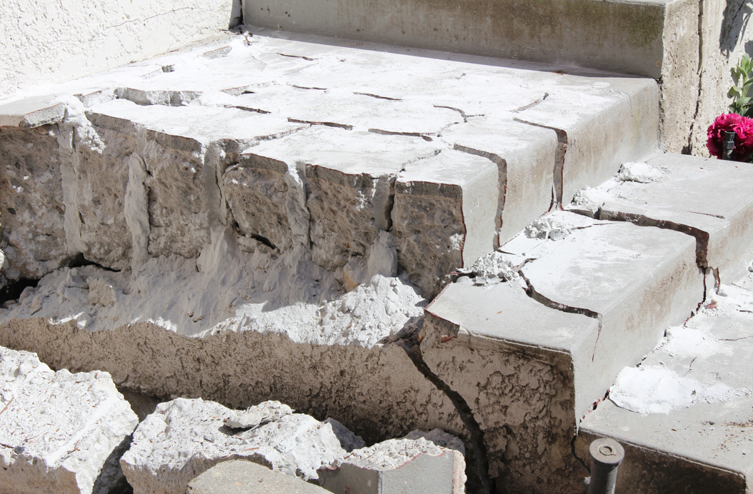 Demolition Concrete Wall : Providing ecobust the fastest most powerful